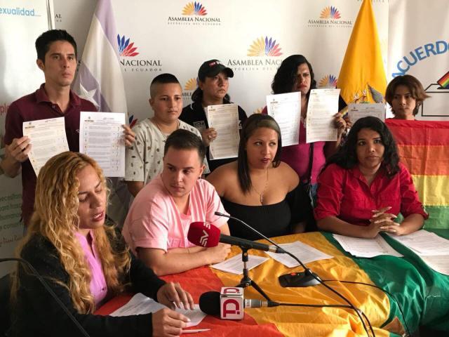LGBTI Convocan al NO en 2 3 y 6 preguntas de la COnsulta Popular y solicitan a lenin moreno cumplir con los acuerdos (7)