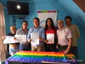 Centro democrático a traves de jorge velez firma acuerdo por la igualdad lgbt con jimmy jairala (10)
