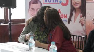 Firma Acuerdo Por la Igualdad Paola Pabon prefecta y Federacion ecuatoriana de organizaciones LGBT (1)