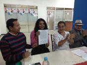 firma del acuerdo por la igualdad entre Diane Rodriguez y Luisa Maldonado candidata a la alcaldia de quito (15)