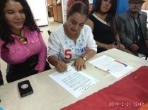firma del acuerdo por la igualdad entre Diane Rodriguez y Luisa Maldonado candidata a la alcaldia de quito (17)