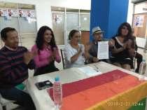 firma del acuerdo por la igualdad entre Diane Rodriguez y Luisa Maldonado candidata a la alcaldia de quito (6)
